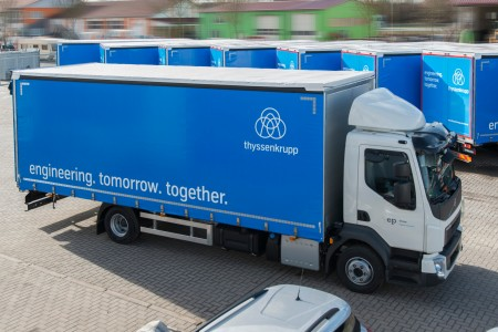A modern traffic management system navigates trucks to and on thyssenkrupp's site in Duisburg. Regarding this digital solution the steel division is working together a. o. with HERE, a developer and provider of cloud-based map services.